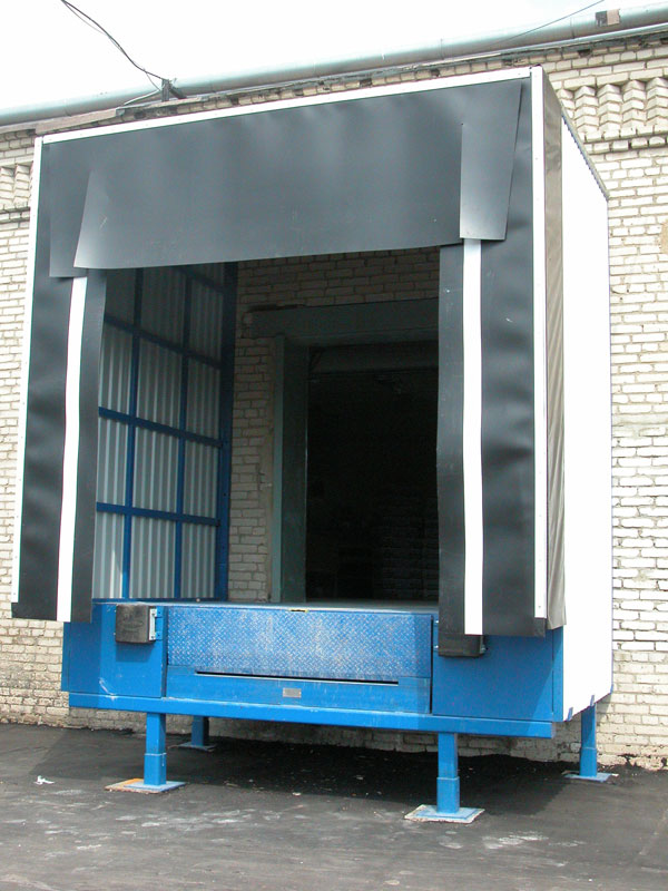 Тамбур-шлюз ДорХан для склада